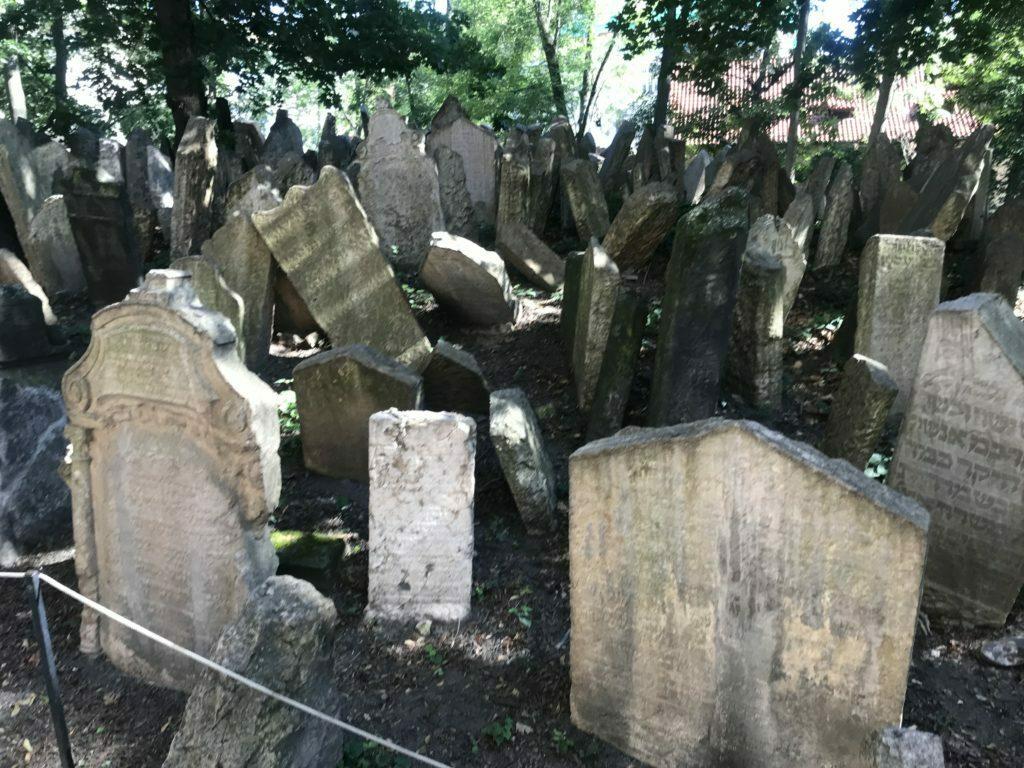 Lapidas cementerio judio