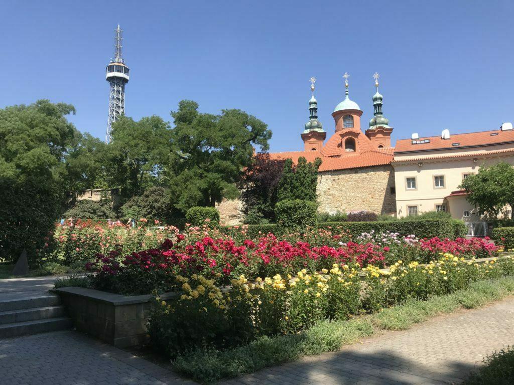 Jardines del monte Petrin