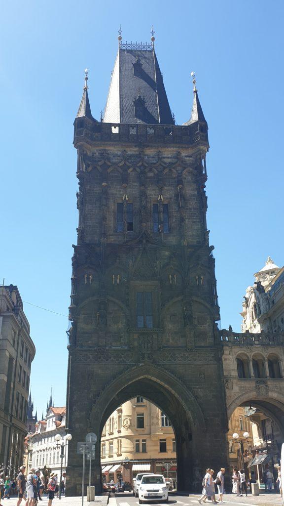 Vistas de la torre de la Polvora en Praga