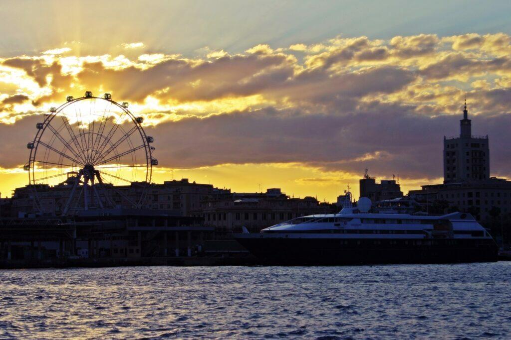 Atardecer puerto de Malaga